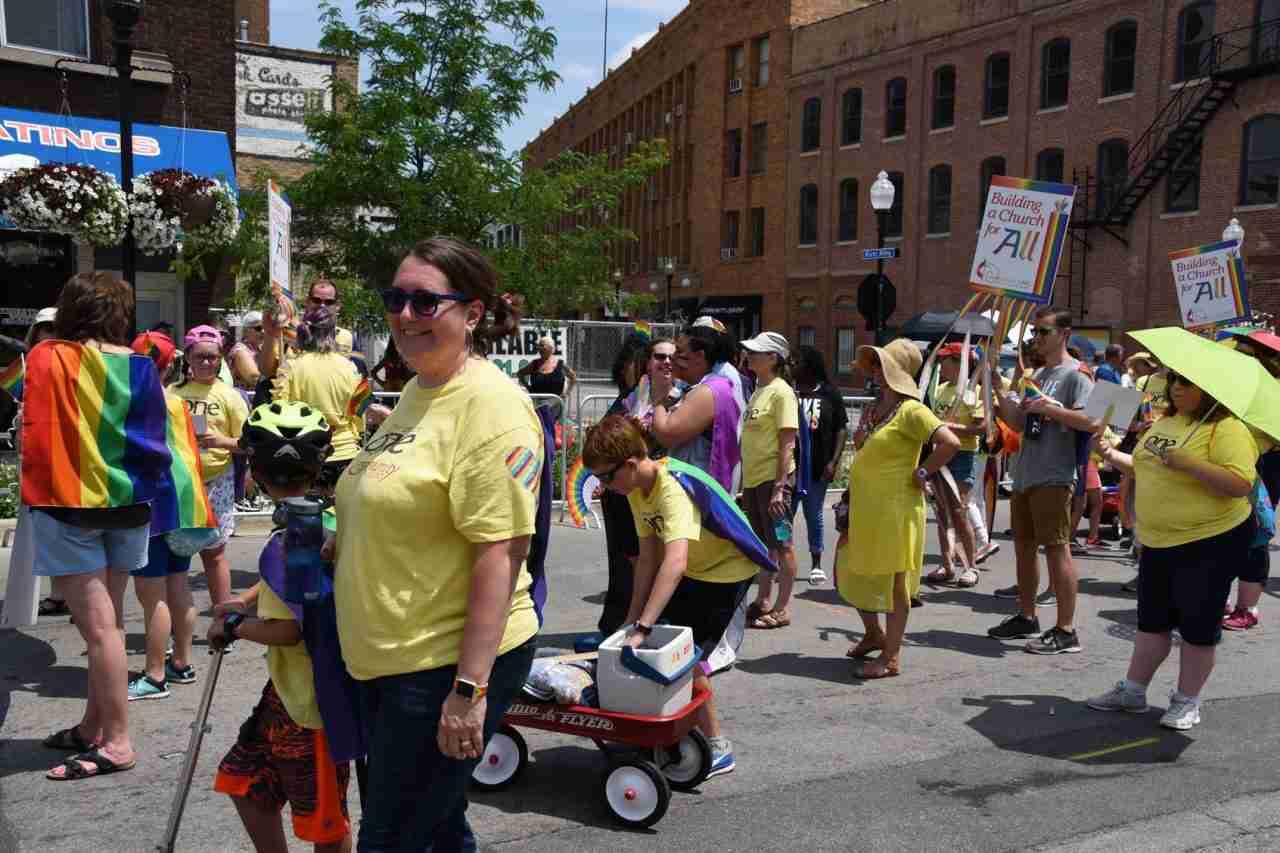 2018 Aurora Pride Parade: It's Hot!