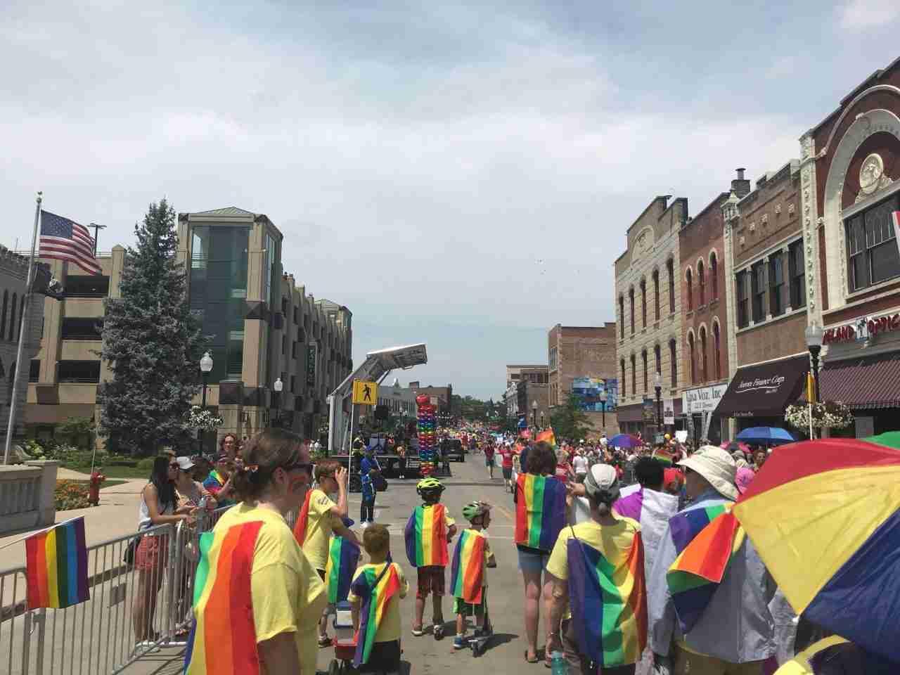 2018 Aurora Pride Parade: On the Route