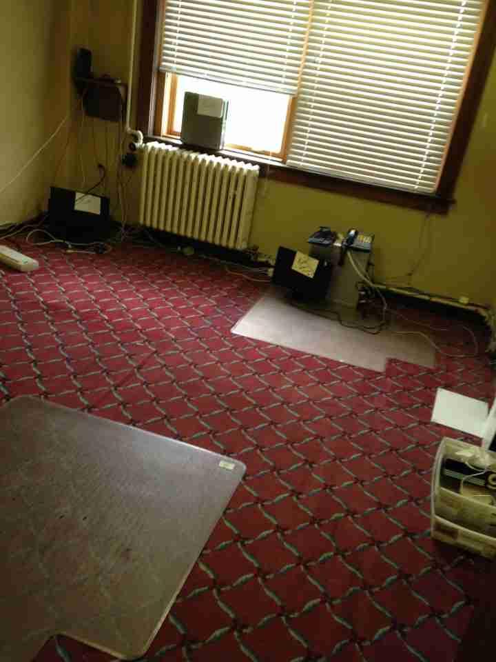 Empty back office